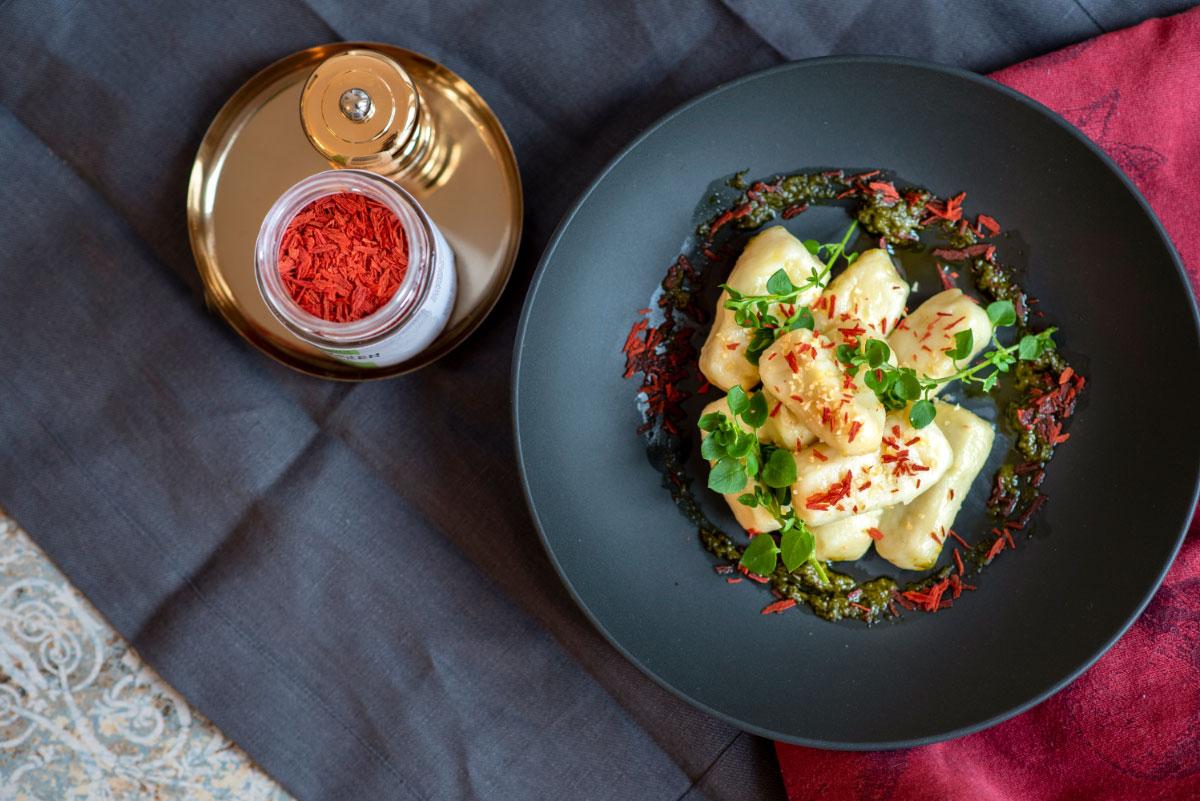 MABURA Rezept Gnocchi mit Tomatenflocken und Nuss-Pesto